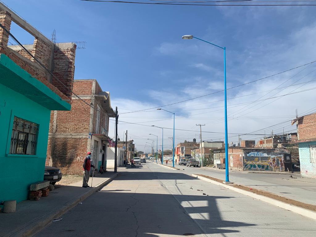 Habitantes de la Colonia Reforma cuentan con calles más iluminadas y seguras