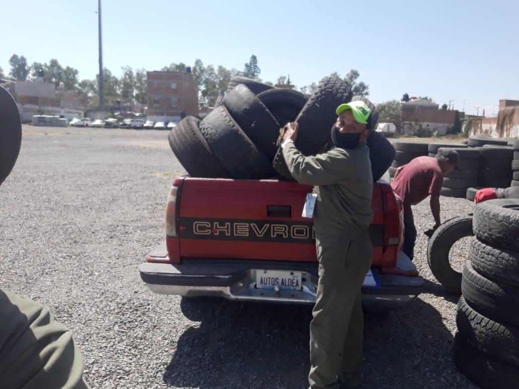 Recolectan casi 1300 llantas en campaña de acopio de neumáticos