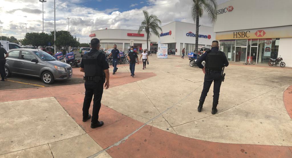 Abarca operativo policial sucursales bancarias y colonias de zona oriente