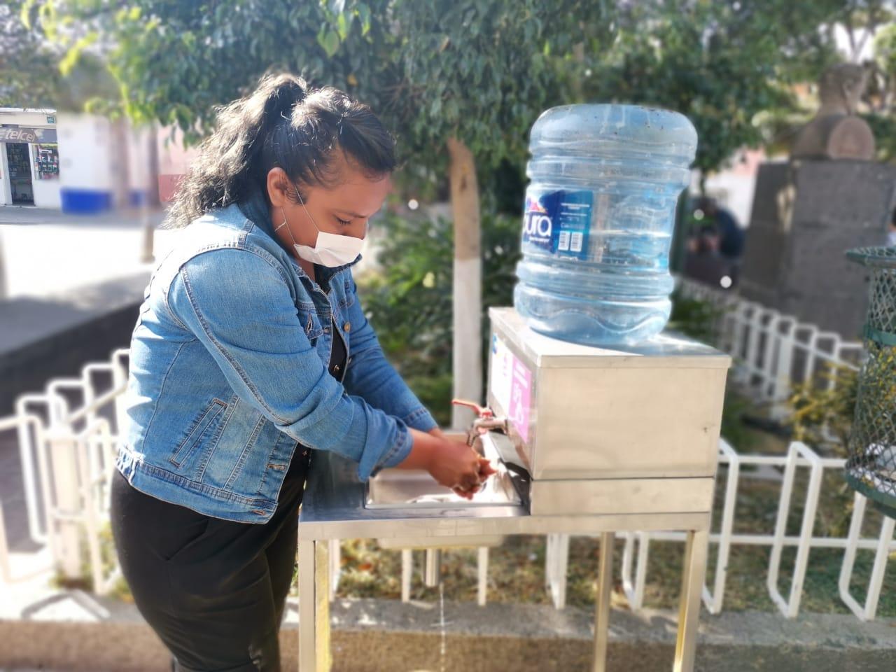 Colocan lavamanos al ingresar a zona de alfeñiques