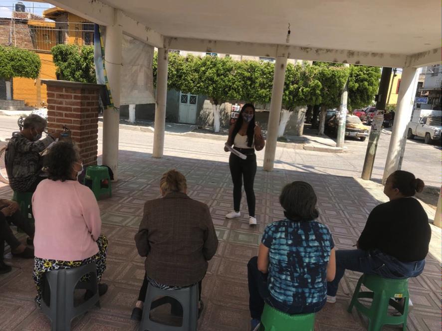 Participan mujeres de colonias populares en Redes de Mujeres